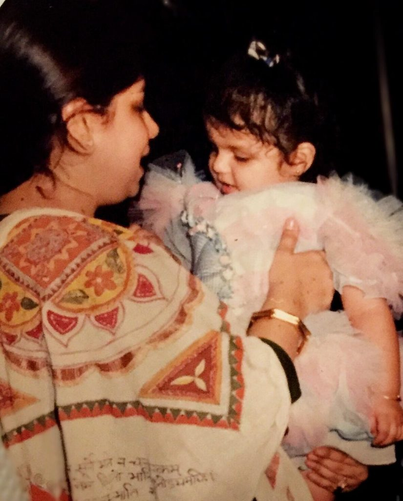 Anshula Kapoor with her mother