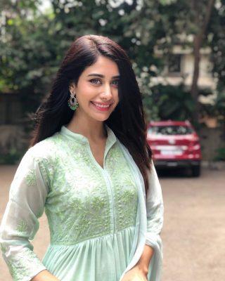 warina hussain
