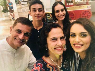 Manushi Chhillar family