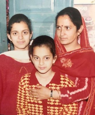 Rangoli and Kangana in Childhood