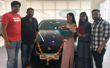 Shivangi Joshi With Her Car
