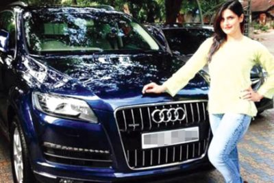 Zarine-Khan with her Car