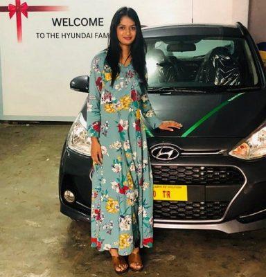 Ariyana Glory With Her Hyundai Car
