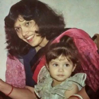 Tanya Purohit With Her Mother Bina Purohit