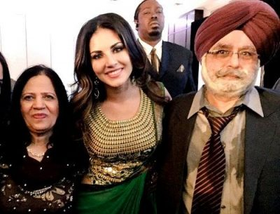 Sunny-Leone-With-Her-Parents