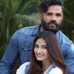 athiya-shetty-with-her-father-sunil-shetty